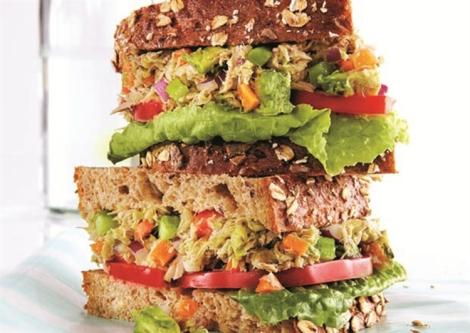 Tuna Avo Sandwich
